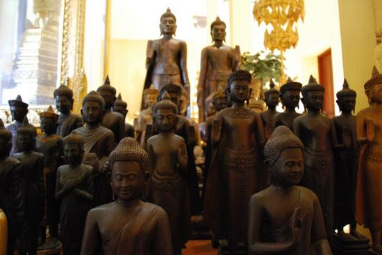 Phnom Penh - Bouddhas