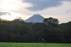isla-de-ometepe-volcan-concepcion.jpg