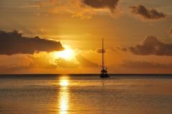 raiatea-coucher-de-soleil.jpg