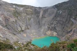 volcan-irazu-4.jpg