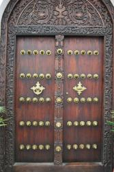 zanzibar-stone-town-portes.jpg